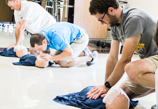 Classes for CPR Training with RH Sanders & Associates CPR AED Illinois Wisconsin Colorado